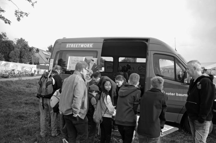 Das Streetworkerteam beim Loschwitzer Vereinstag. Foto: Ulrike Schüler